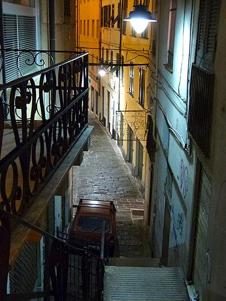 ruelle et escalier