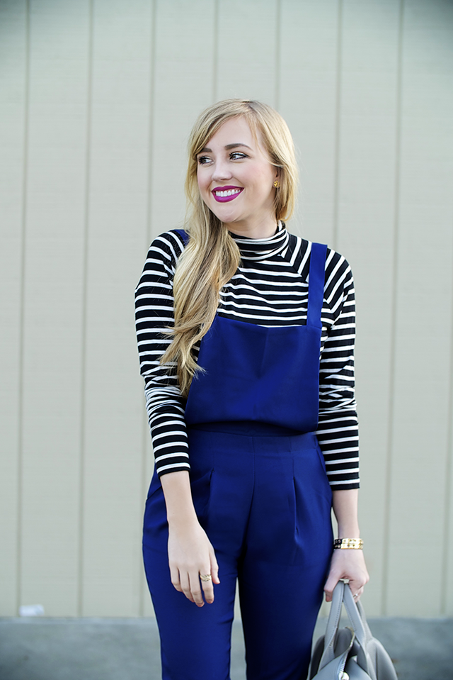 old navy black and white striped turtleneck