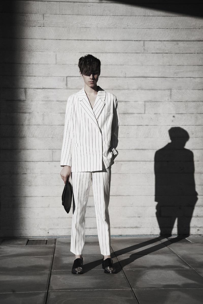 mikkoputtonen_fashionblogger_london_weekday_suit_onar_studios_rachelZoe_outfit1_web