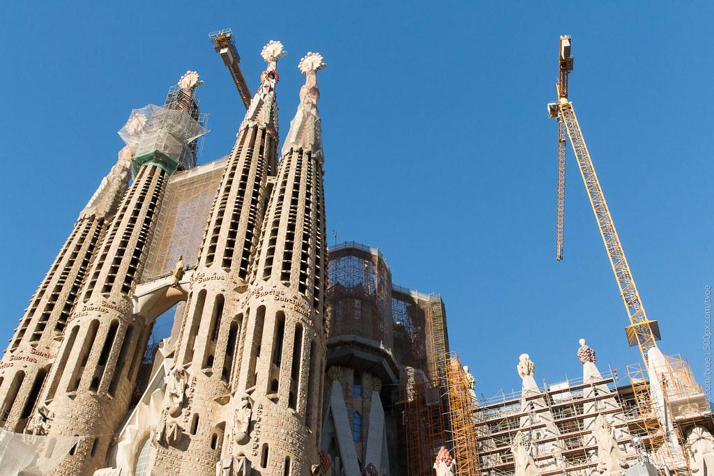 Строительство храма Святого семейства в Барселоне