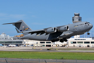 USA Air Force / Boeing C-17A Globemaster III / 04-4137 at TJSJ