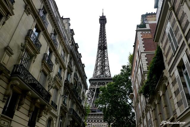Tour Eiffel. Paris 2016.