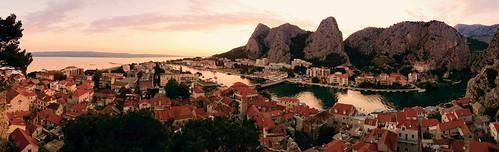 sunset panorama june mobile riviera croatia historic dalmatia kroatien 2016 omis omiš
