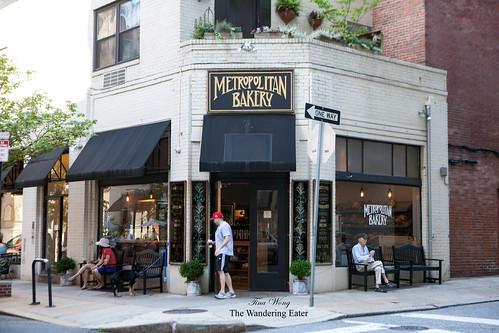 Exterior of Metropolitan Bakery