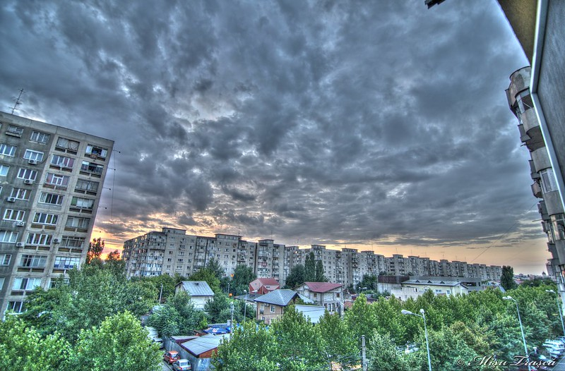 cer innorat / cloudy sky