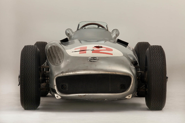 1954-Mercedes-Benz-W196R-Formula-1-Racing-Single-Seater-10