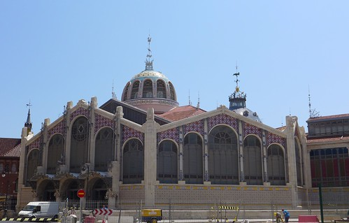 Mercat Valencia from outside
