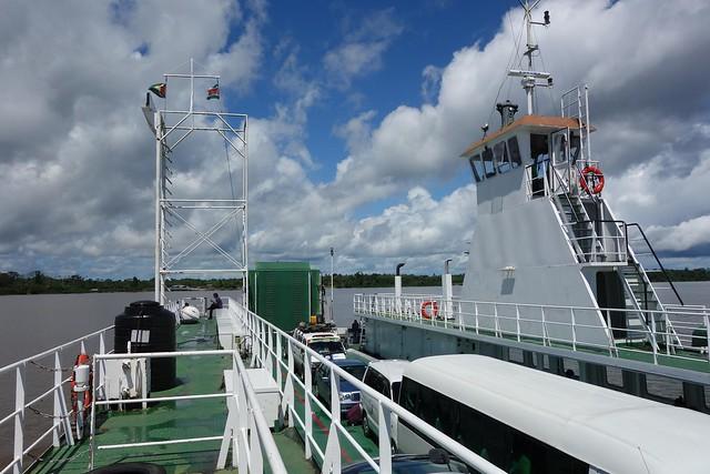 Ferry-Boat da Guiana até Suriname