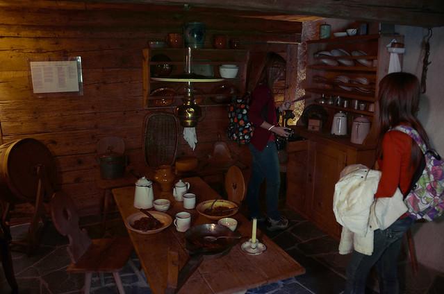 Salón de la casa de Heidi con su cocina