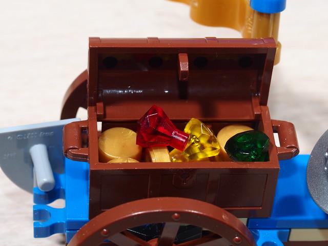 P9205582 LEGO 70400