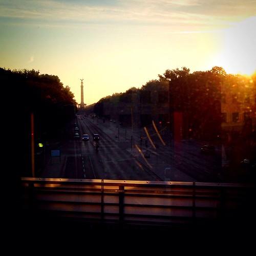 Guten Morgen, Berlin.