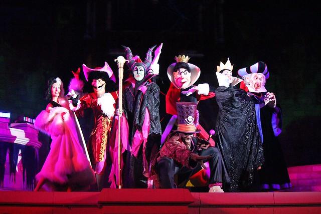 Mickey's Not-So-Scary Halloween Party 2013