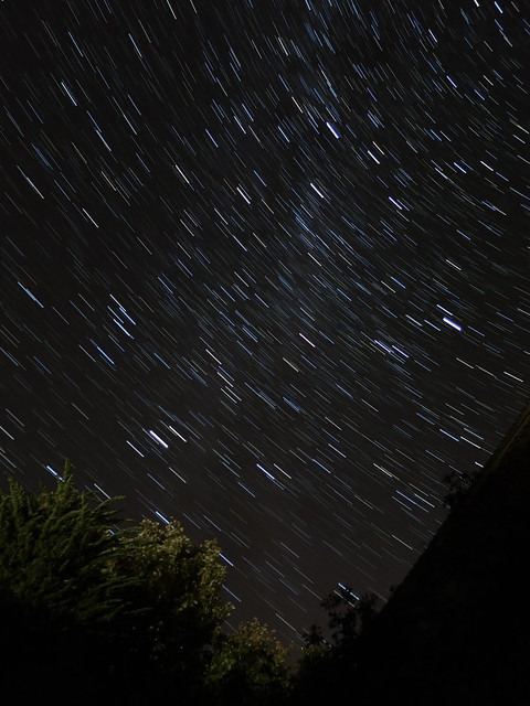 Canon PowerShot S120 sample image: star trail preset