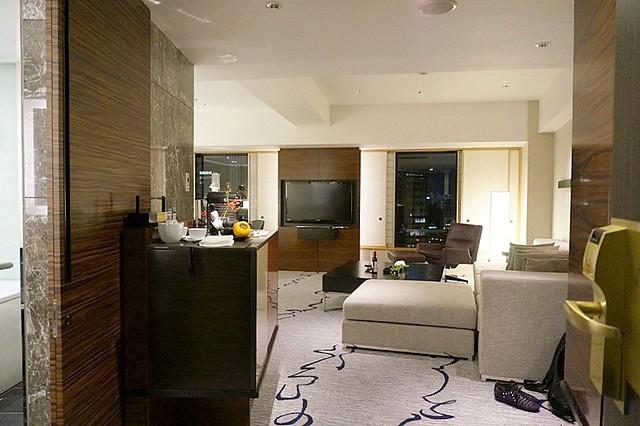 junior suite - hilton tokyo - hiltonhoteldeals (11)