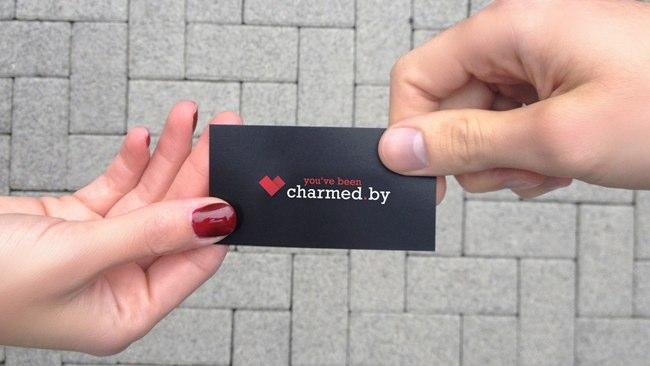 33-charmedby-hände-1280-1