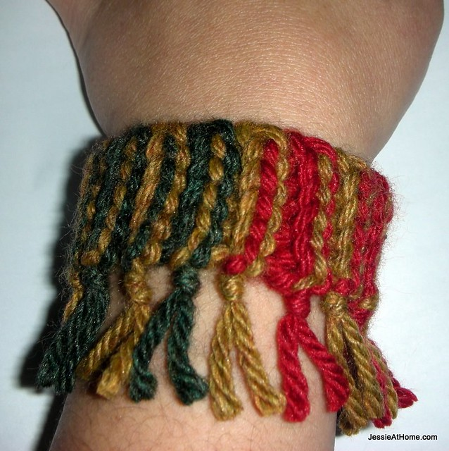 Quick-Scrap-Slip-Stitch-Bracelet-Colorful