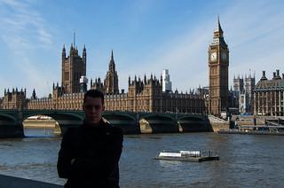Devant le Pont de Westminster, le Palais de Westminster et Big Ben