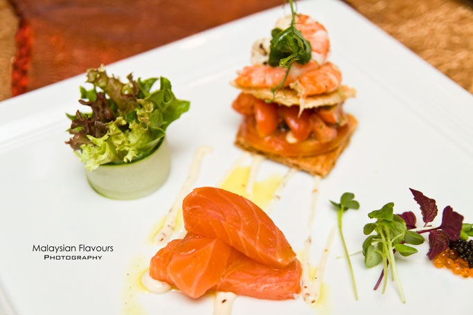 smoked-salmon and-prawn-salad-with-tomato-tart-lemon-chive-vinaigrette