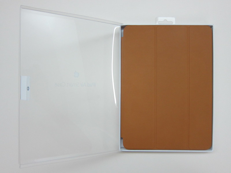 Apple iPad Air Smart Case - Box Open