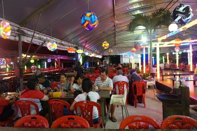 Halal Penang Food ikan bakar Hammer Bay or Seri Pantai - Gold Coast Condominium-002