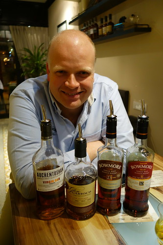 Mr. Gordon Dundas, Morrison Bowmore Distillers, Global Brand Ambassador