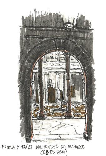 Puerta acceso al Museo de Burgos