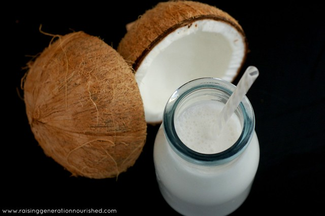 DIY Coconut Milk :: No Gums, Fillers, Or Sweeteners