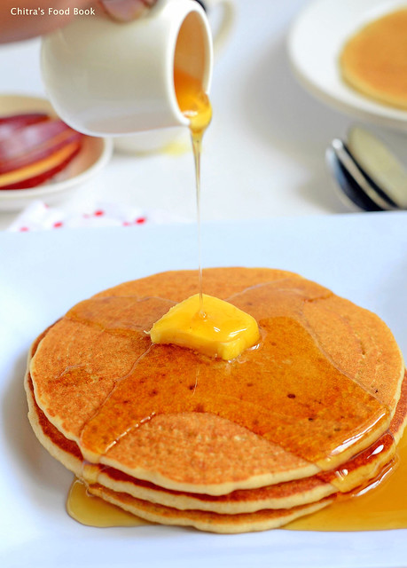 Eggless pancakes recipe with wheat flour