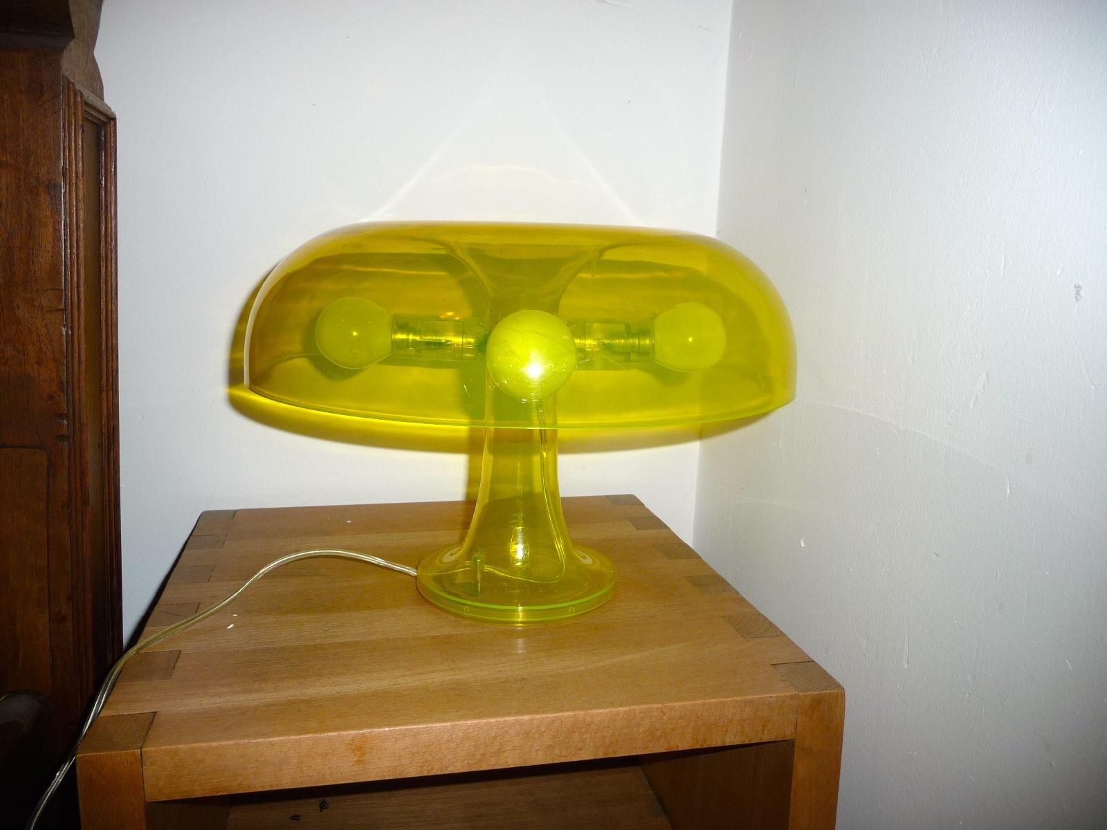 lampe table artemide nessino jaune transparent ebay. Black Bedroom Furniture Sets. Home Design Ideas