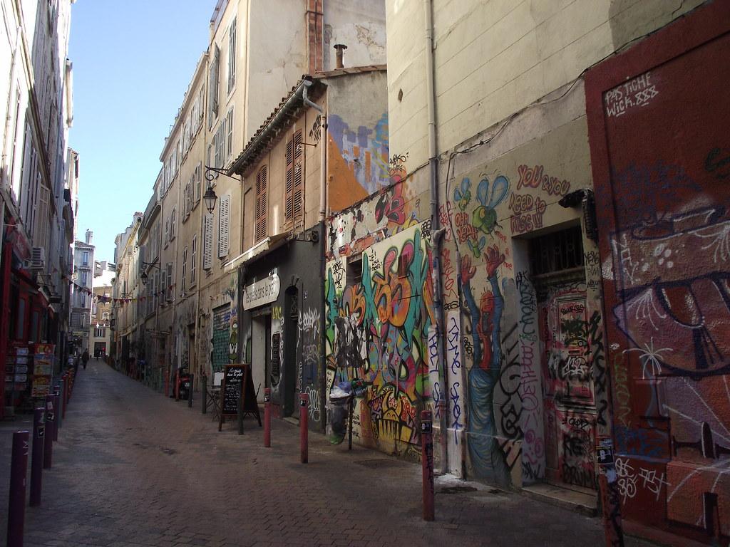 Marseille bouches du rh ne france around guides for Marseille bdr