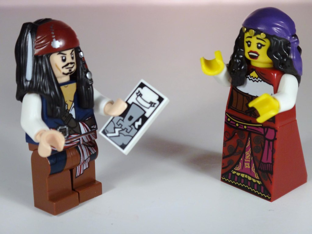 lego minifig series 9 gyosy fortune teller jack sparrow pirate Caribbean tarot