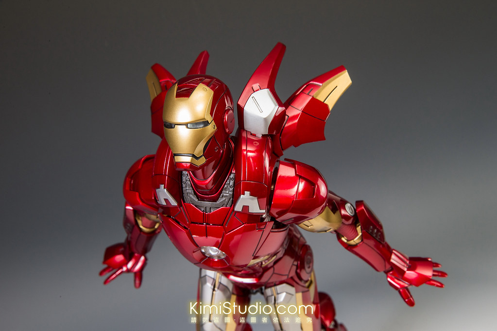 2013.06.11 Hot Toys Iron Man Mark VII-084