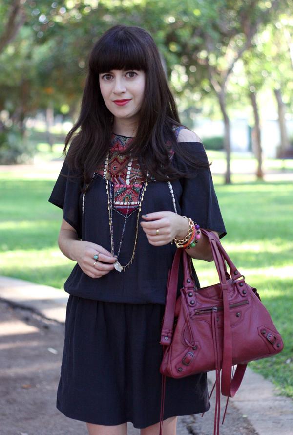balenciaga bag, embroidered dress, zara boho dress, balenciaga town bag, בלוג אופנה, תיק בלנסיאגה, תיקי מעצבים, בוהו שיק