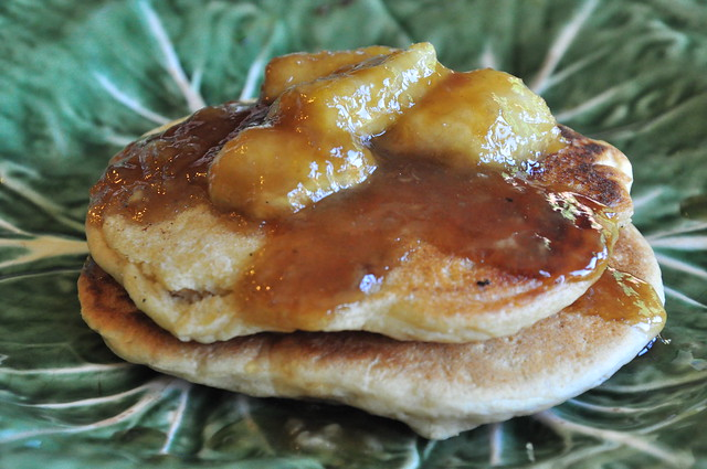 what the hell _does_ a vegan eat anyway?: Bananas Foster Pancakes