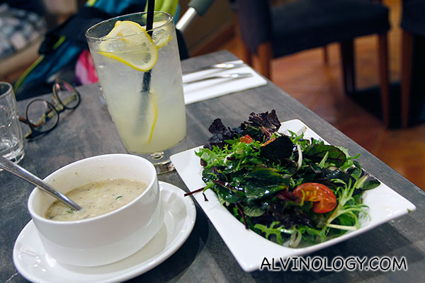 Lemonade, soup and salad for set meal top-up