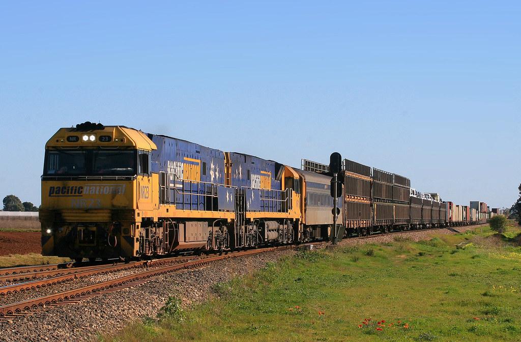 6PM5 NR23+NR11 by Trackside Photography Australia