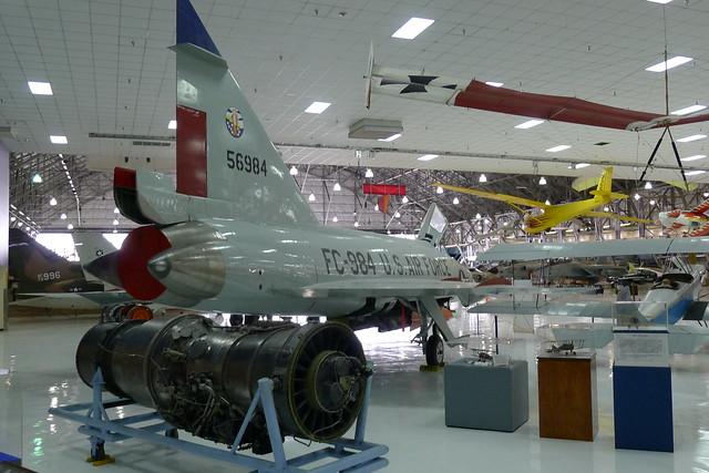 Pratt & Whitney J57-P-25 und Convair F-102A