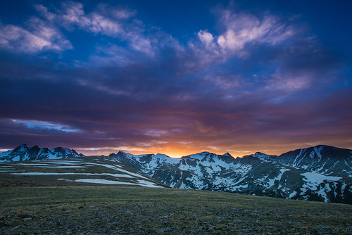 sunset colorado rockymountains indianpeaks niwotridge