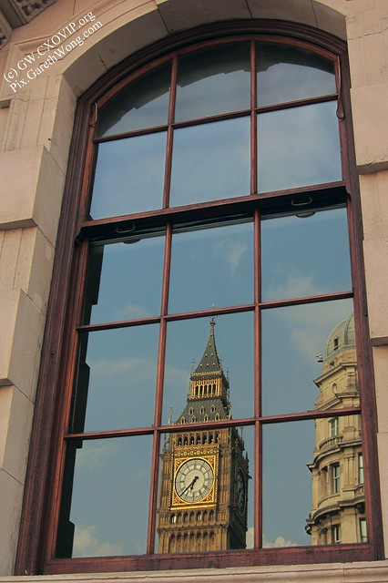 window reflection of Big ben clock & blue sky IMG_1246