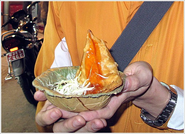 1Thamel小販賣的炸三角餃