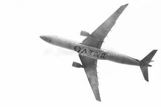 A7-AEO Airbus A330-302 Qatar Airways