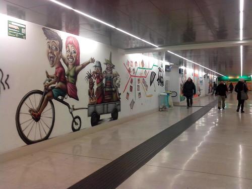 #Escoadisola con i graffiti di Stazione Garibaldi by Ylbert Durishti