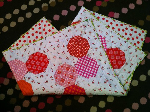 Cheerful cherry baby quilt