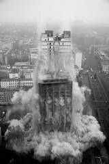 AFE Turm Sprengung / AFE tower demolition Frankfurt Germany - 10