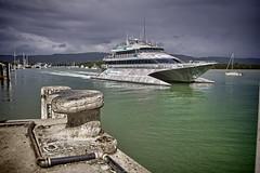 Quicksilver Cat - Port Douglas