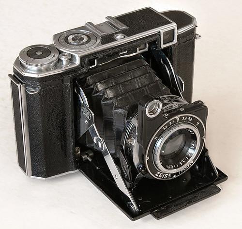 Super Ikonta 530/16 - Camera-wiki org - The free camera