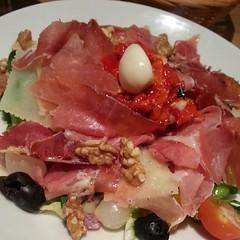 And the #salad is great too :) #salada #Toulouse #salade #food #comida