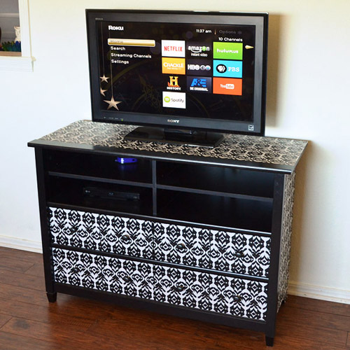 018-tv-stand-makeover-dreamalittlebigger