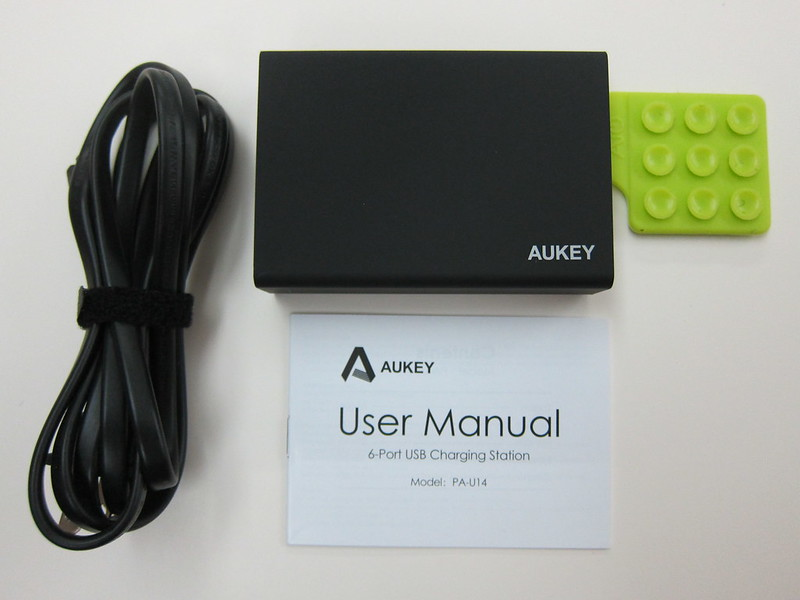 Aukey 50W 5V/10A 6-Port Wall Charger - Box Contents