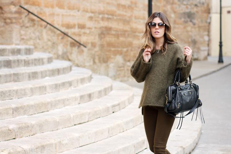 green-knit-balenciaga-street-style-9